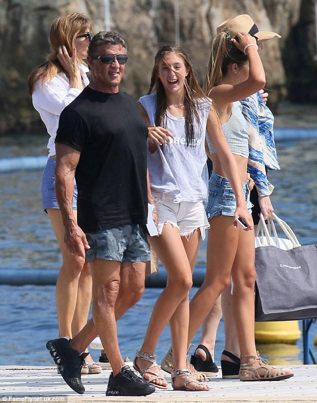 Sylvester Stallone en vacances... : Forum Nutrimuscle ...